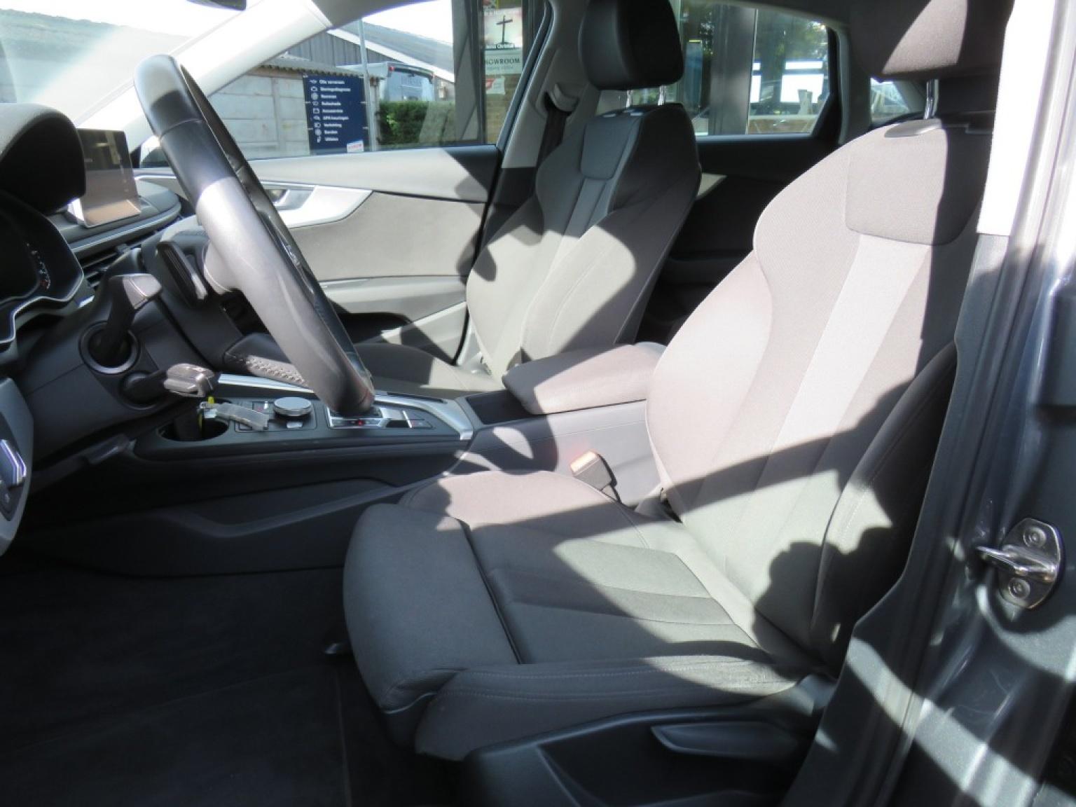 Audi-A4-14