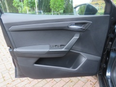 Seat-Arona-12