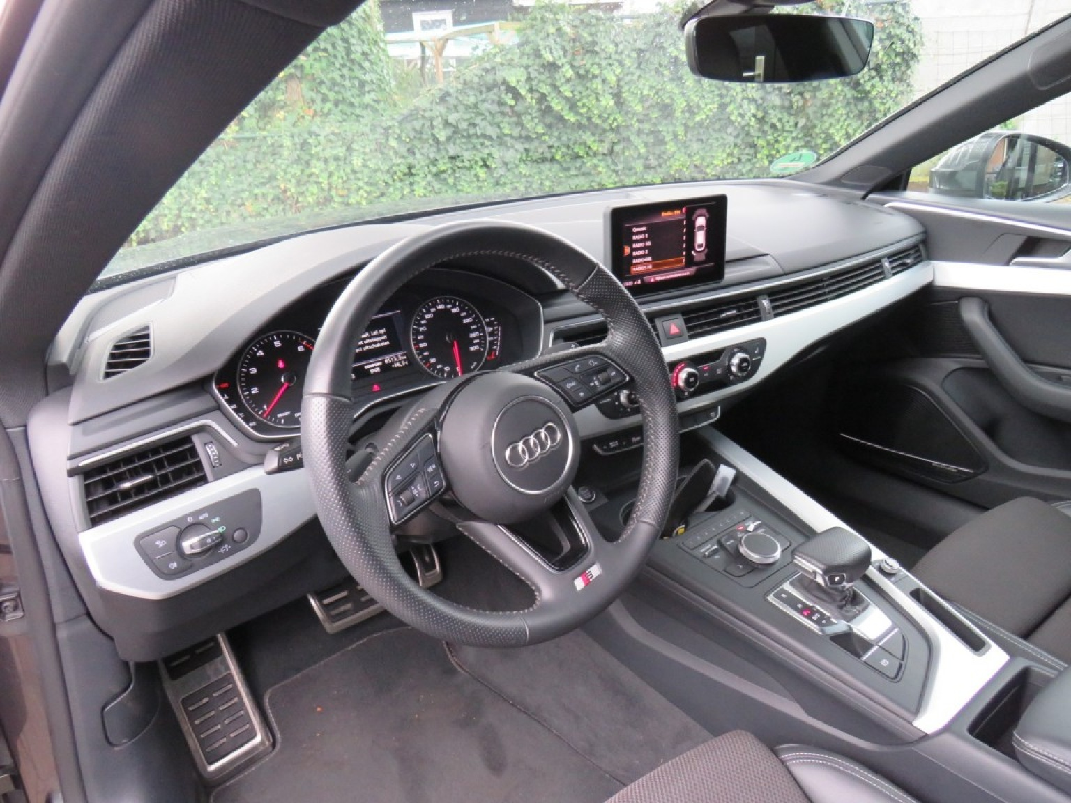 Audi-A5-12